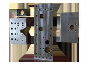 大物機械加工・門型マシニング加工を3台保有!最大4,000mm×2,000mm までのサイズに対応いたします。